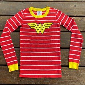 Hanna andersson Wonder Woman pj top